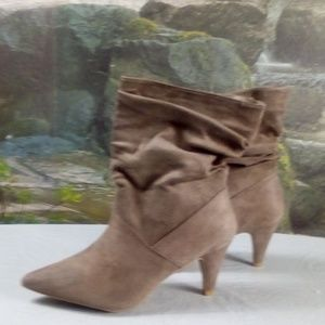 Taupe Suede shoes by Rouge Helium